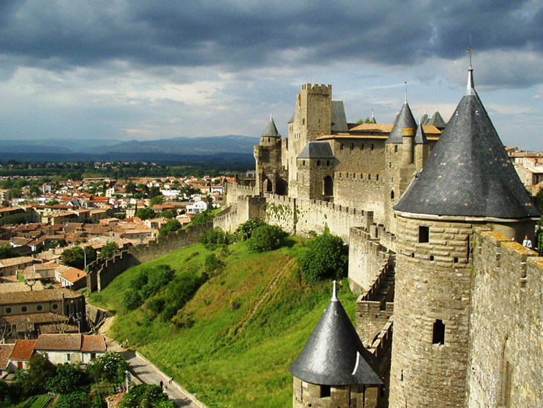 CARCASSONNE - TOULOUSE