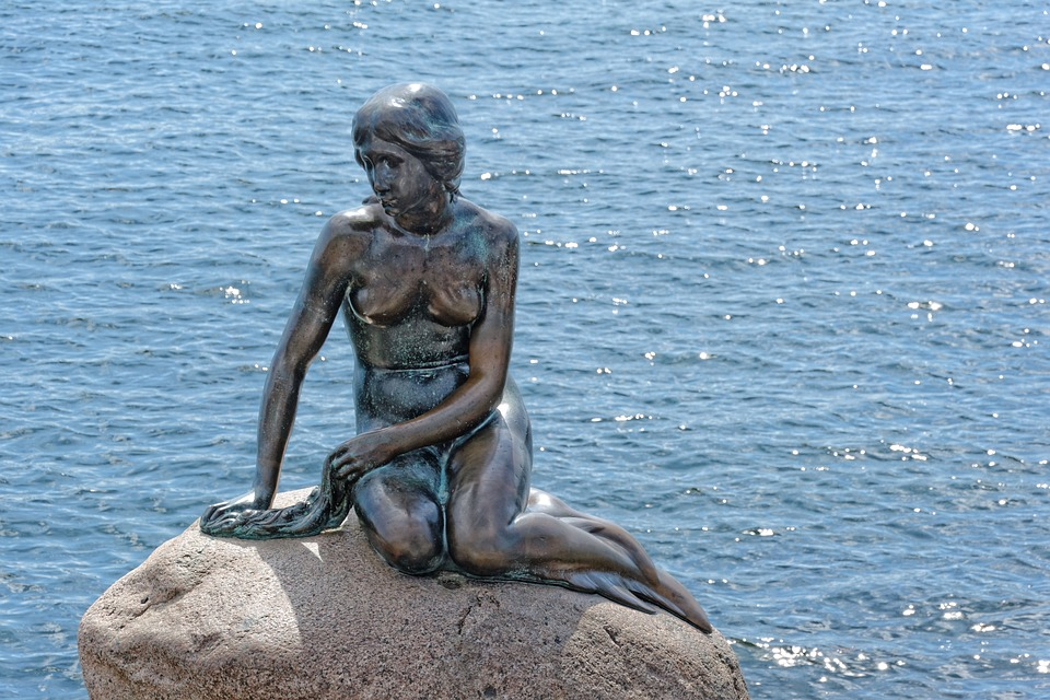 Copenhagen Mermaid Monument Water Denmark